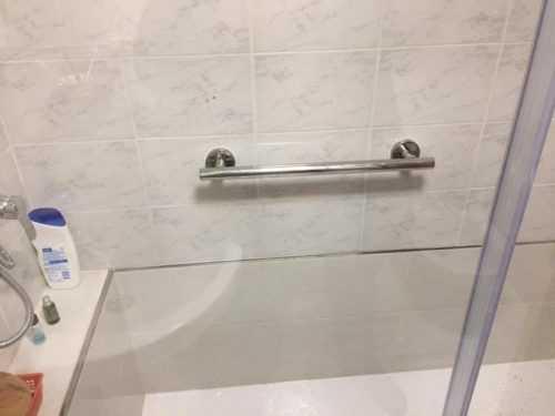 Barandilla de ducha interior